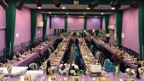 thanks-2000-people-celebrated-passover-seder-free-7